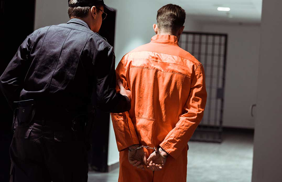 blog-colour-orange-prisoner-01