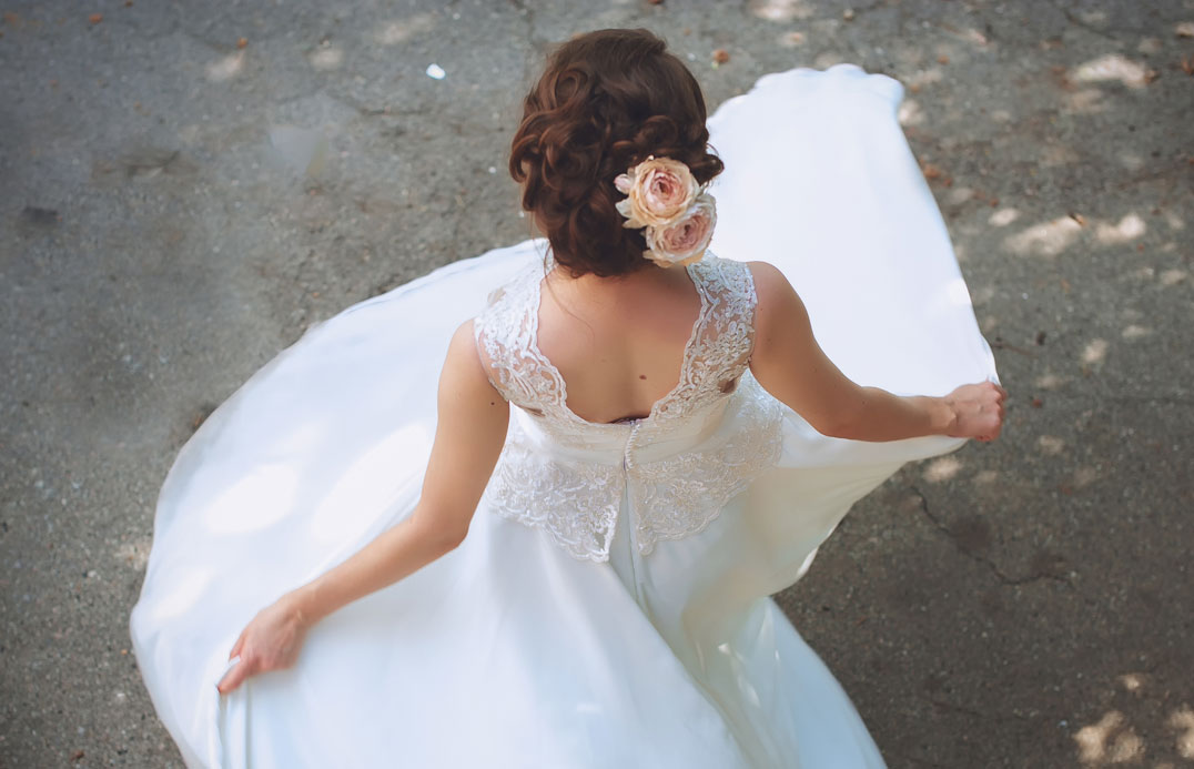 blog-colour-white-bride-01